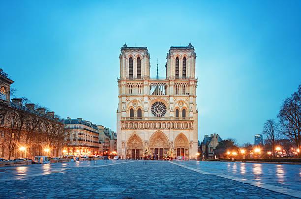notre-dame de paris kathedrale  - kathedrale von notre dame stock-fotos und bilder