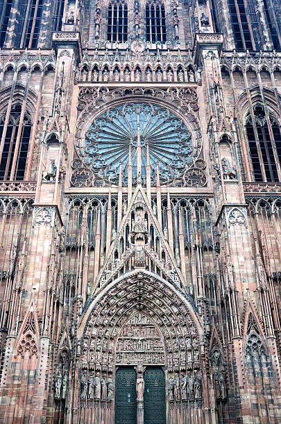 notre dame de strasbourg - rose window stock pictures, royalty-free photos & images