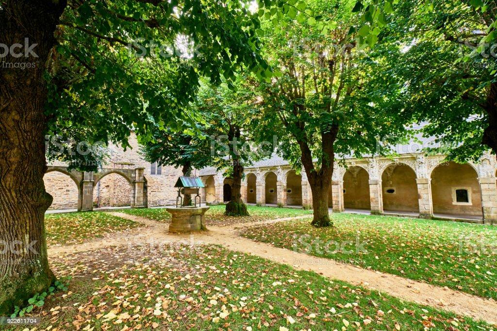 Notre Dame de Saint Melaine Kirche (alles, was bleibt von der ehemaligen Benediktiner-Abtei) in der Hauptstadt der Bretagne - Rennes. Frankreich. – Foto