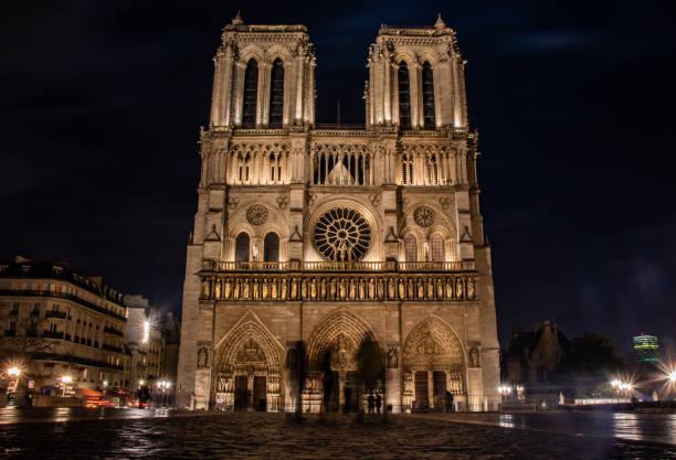 notre dame, paris, frankreich - kathedrale von notre dame stock-fotos und bilder