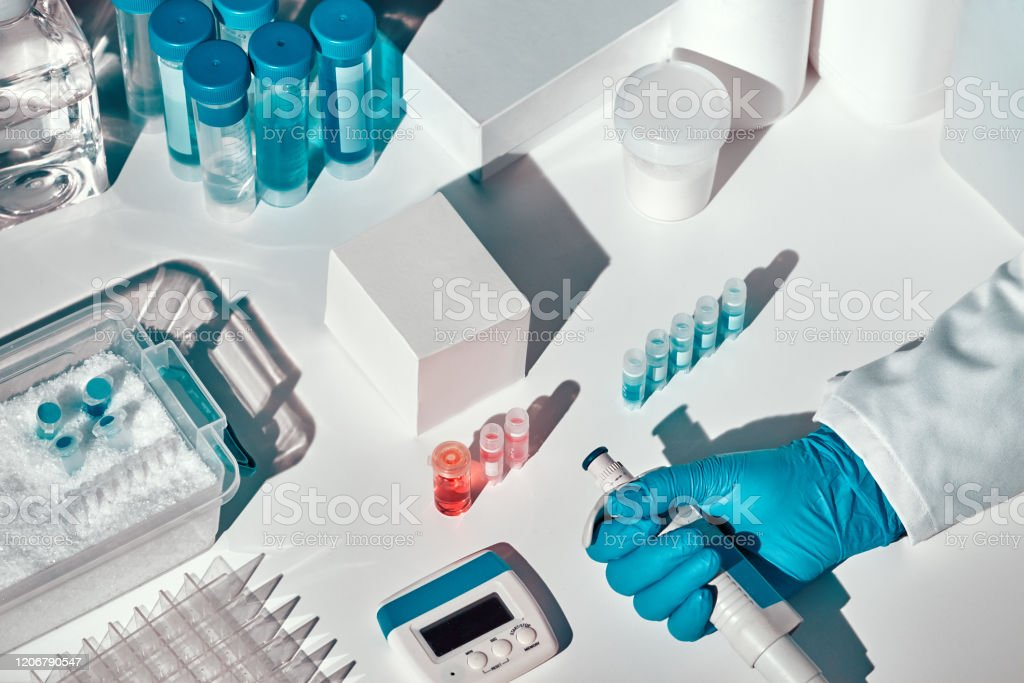 Novel coronavirus 2019 nCoV pcr diagnostics kit. This is RT-PCR kit to detect presence of 2019-nCoV or covid-19 virus in samples of patients. In vitro diagnostic test, real-time RT PCR technology Novel coronavirus 2019 nCoV pcr diagnostics kit. This is RT-PCR kit to detect presence of 2019-nCoV or COVID-19 virus in clinical samples. In vitro diagnostic test based on real-time RT PCR technology Coronavirus Stock Photo