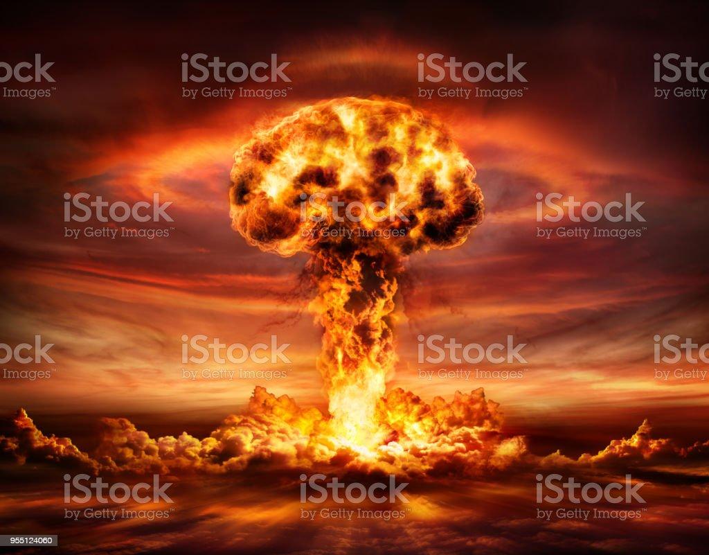 Atombombe Explosion - Atompilz – Foto