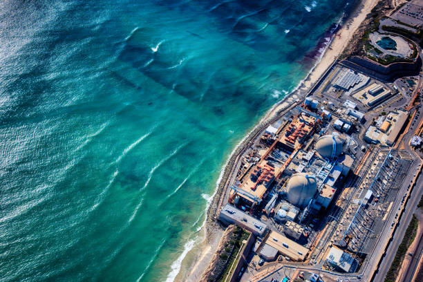 Nuclear Power Plant Aerial The San Onofre Nuclear Power Plant located between San Diego and Orange Counties in Southern California shot from an altitude of about 1500 feet. nuclear power station stock pictures, royalty-free photos & images