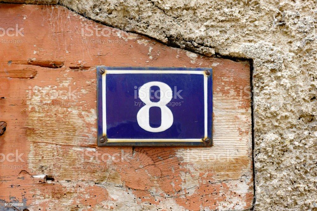 Número 8 - foto de acervo