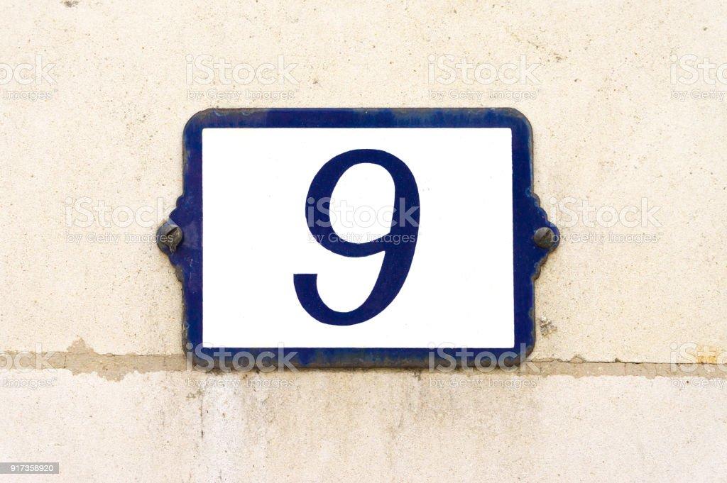 Número 9 - foto de acervo
