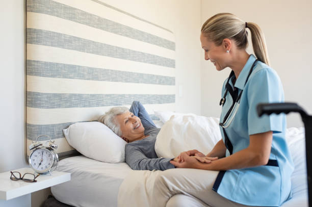 Nurse checking senior woman at home picture id1029340012?b=1&k=6&m=1029340012&s=612x612&w=0&h=z0iefm1zjic6u nut3xvxwaqbxmn jsgrvbvvrjxeky=