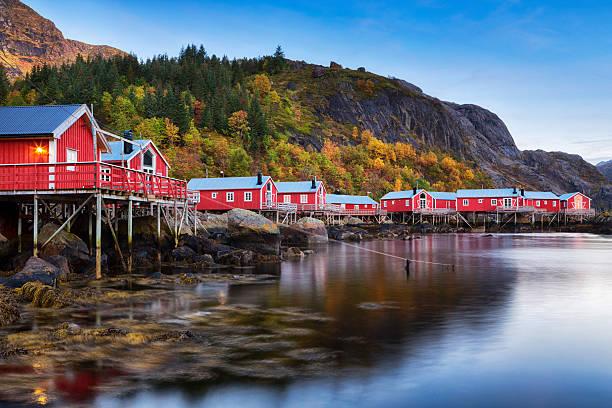 Nusfjord Village, Lofoten, Norway - foto de acervo