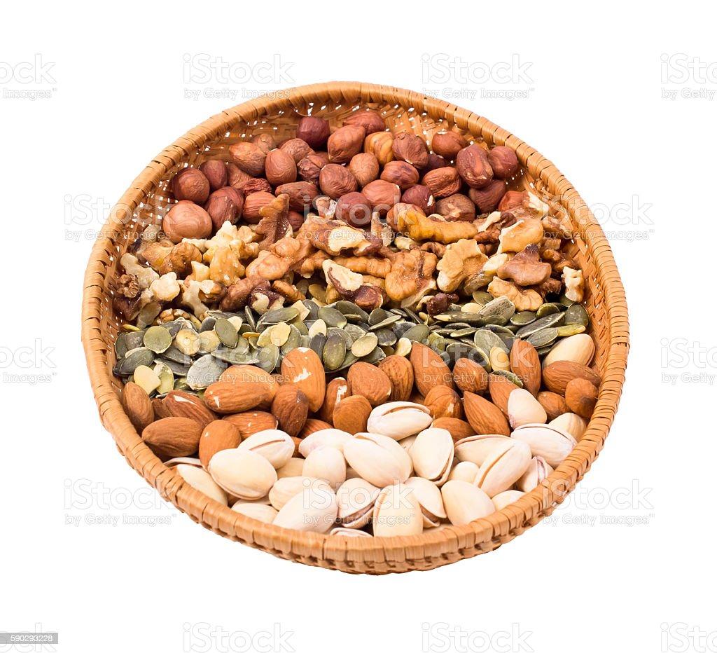 Орехи в корзину Стоковые фото Стоковая фотография