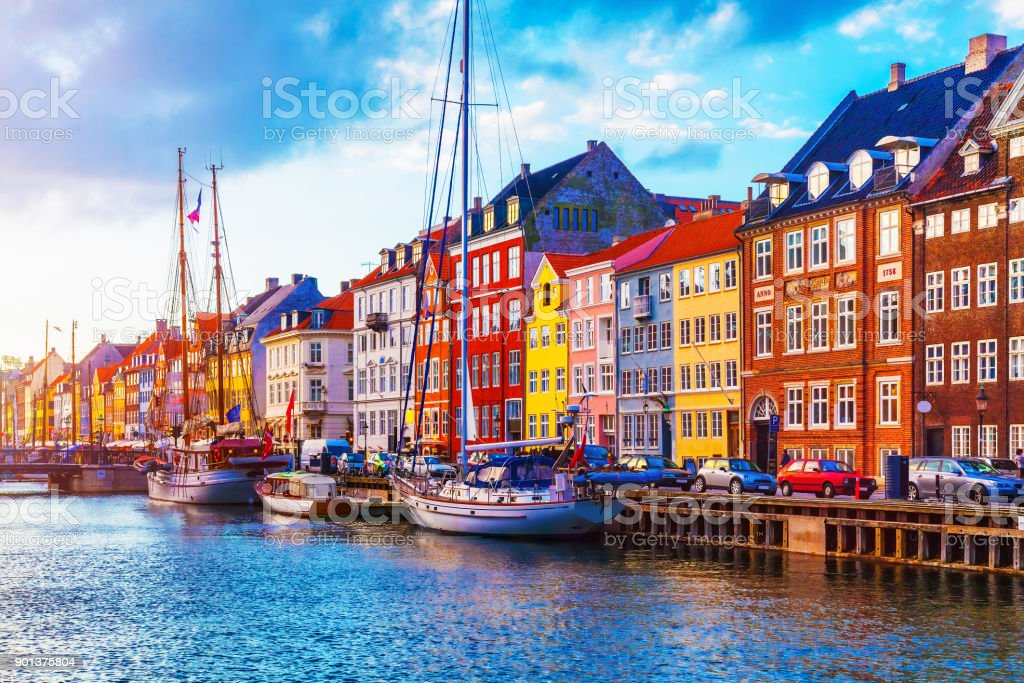 Nyhavn, Kopenhagen, Dänemark  – Foto