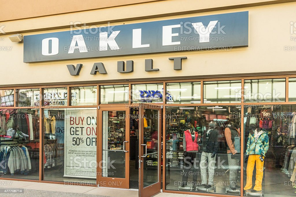 40fb1d33ed2c9 Oakley Vault Store Stock Photo   More Pictures of 2015 - iStock