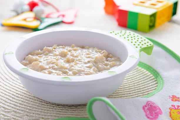 Oatmeal Haferbrei für Kinder, Ernährung – Foto