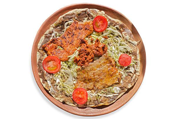 Oaxaca clásico de Tlayuda receta - foto de stock