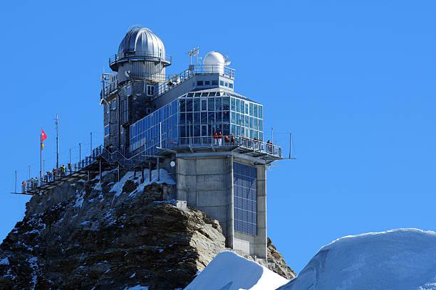 extragroß auf mountain-observatorium - hohe warte stock-fotos und bilder