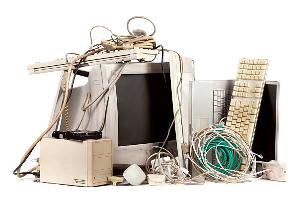 veraltet electronics - freizeitelektronik stock-fotos und bilder