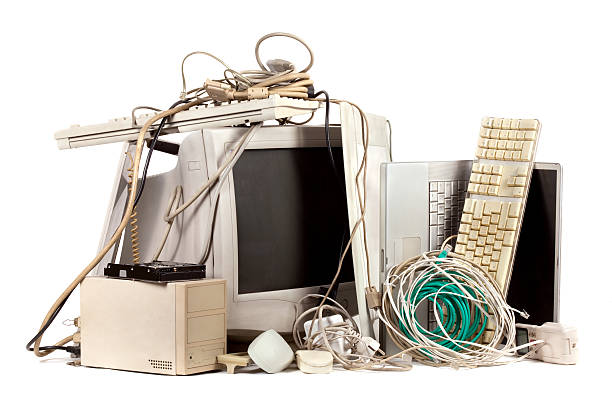 obsolete electronics - electronics industry stock pictures, royalty-free photos & images