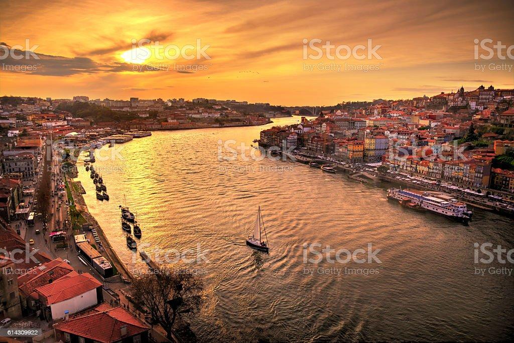 Ocaso en Oporto stock photo