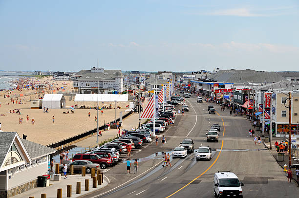 ocean blvd., hampton beach nh (day) - mike cherim stock pictures, royalty-free photos & images