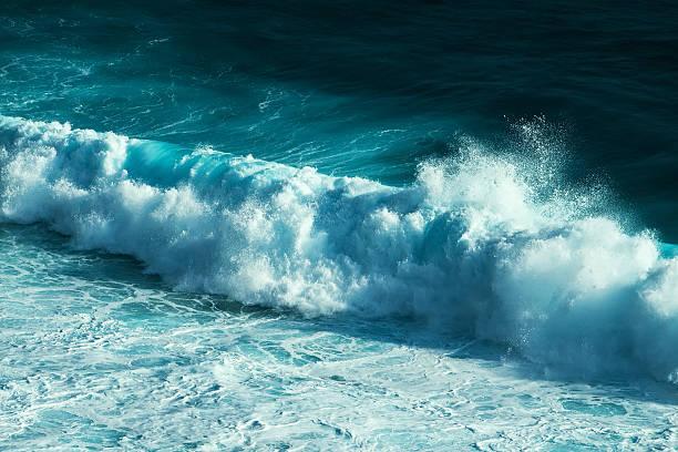 ocean - roll tide stock-fotos und bilder
