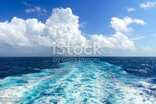 istock Ocean Wake - Cruise Ship 674528628