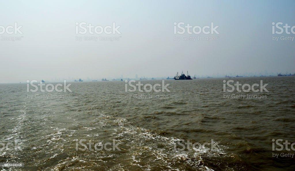 Okyanus dalgaları - Royalty-free Ada Stok görsel