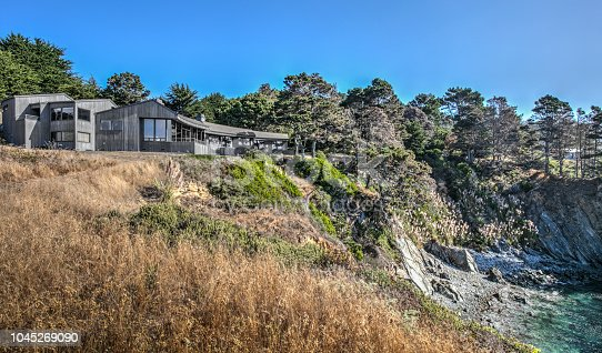 house by pacific ocean in Sonoma Mendocino California on sunny day by ocean
