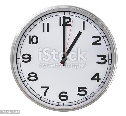 istock 1 o'clock 517676939