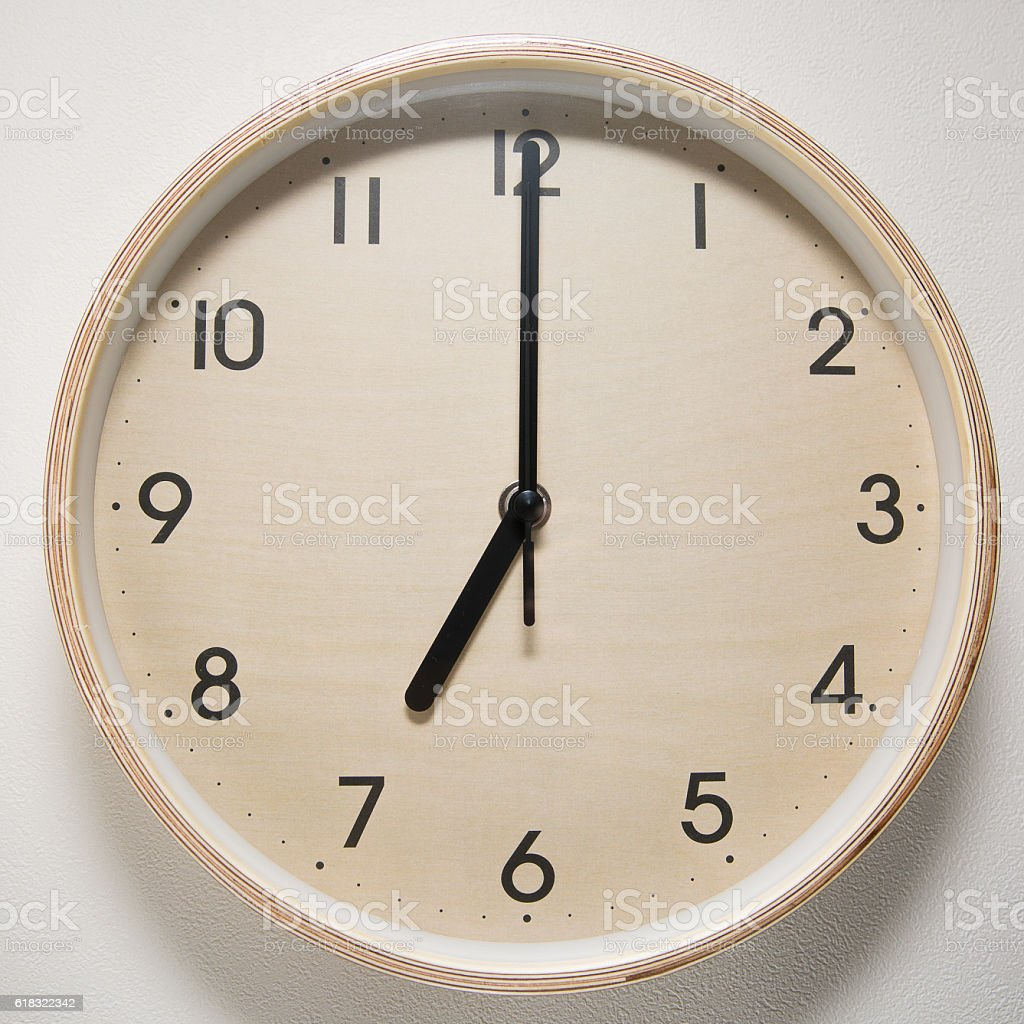 7, 7 o`clock, time, clock, watch, white background, stock photo