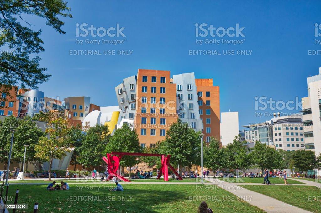 BOSTON, MA, Estados Unidos – 16 de octubre de 2017: Instituto Tecnológico MIT mundialmente famoso - foto de stock
