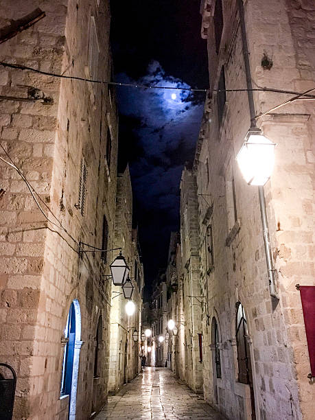 Od Puca Street in Dubrovnik Croatia at night ストックフォト