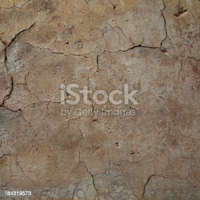 istock Of cracks in the wall 184319573