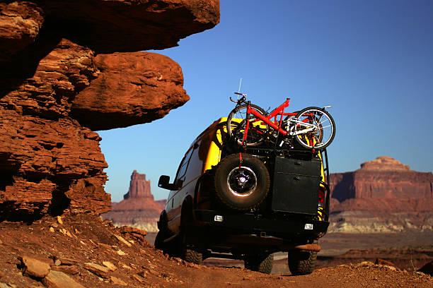 off road - fahrradhalter stock-fotos und bilder