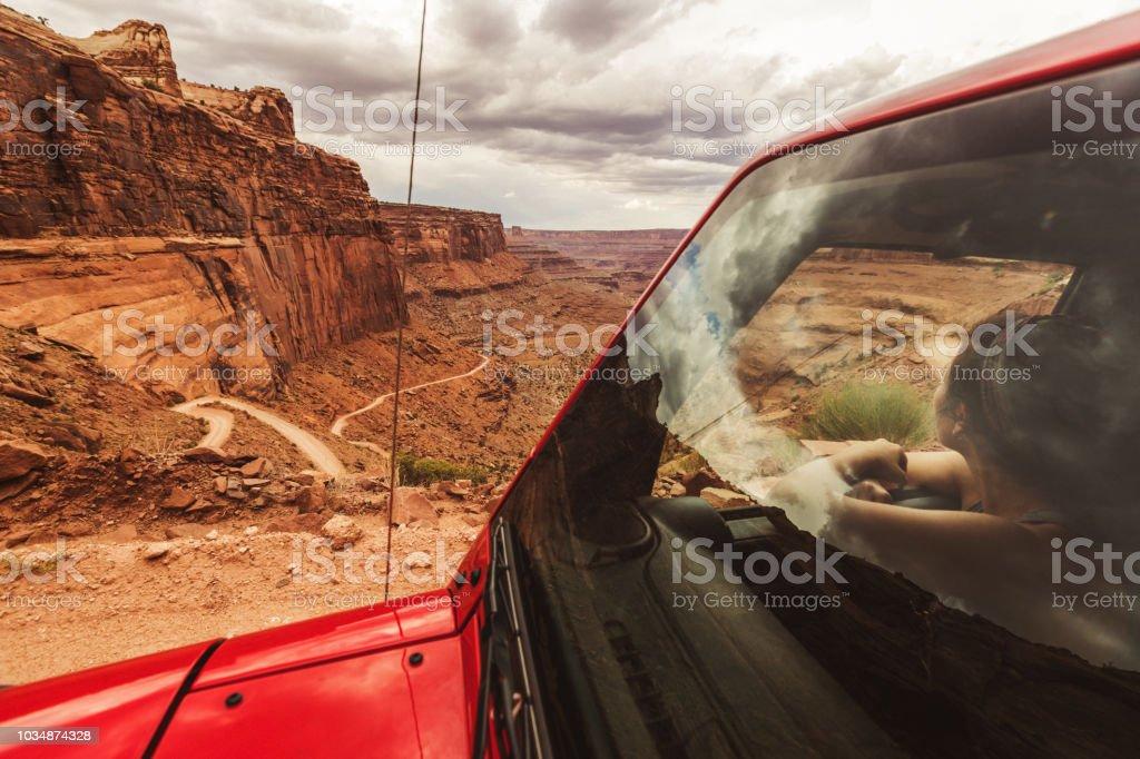 Off-Road Shafer trail im Canyon in der Nähe von Moab – Foto