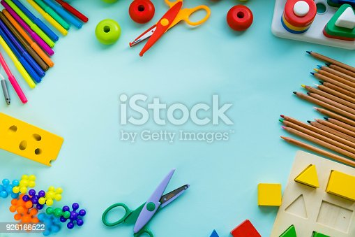 926151996istockphoto Office and student accessories on a pink. Back to school concept. School, education and learning concept. creativity for kids. Top view colorful background. Flat lay. 926166522