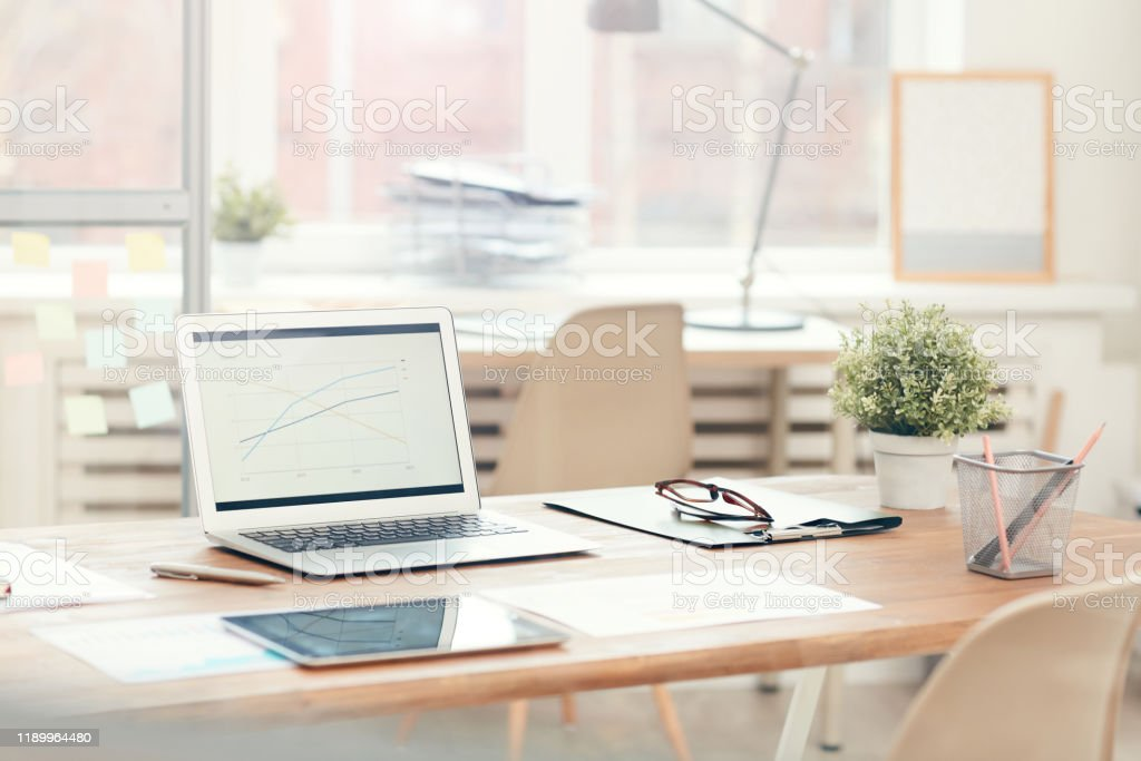 office background picture id1189964480