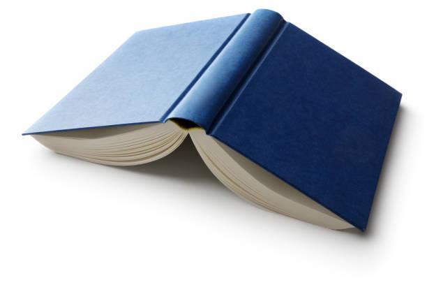 bureau: livre isolée on white background - livre ouvert photos et images de collection