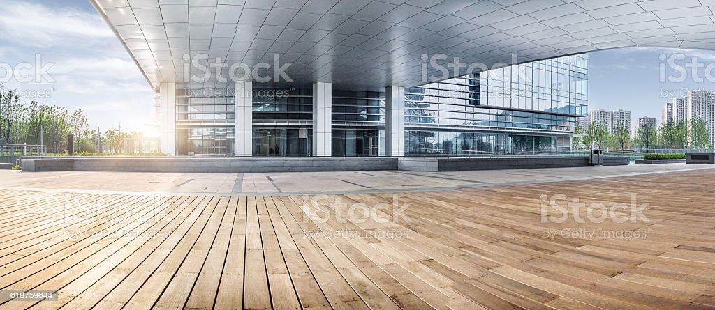 Entrée de l'immeuble de bureaux - Photo