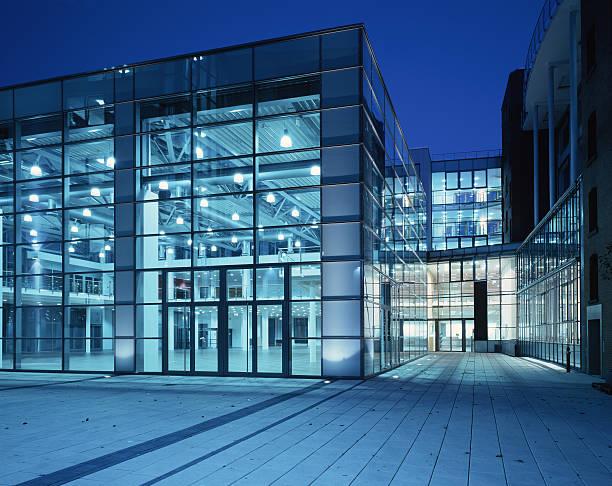 Bürogebäude – Foto