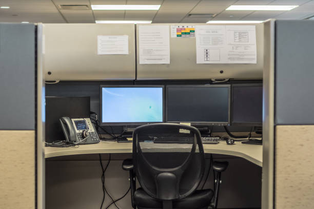 office cubicles - office cubicle stock pictures, royalty-free photos & images