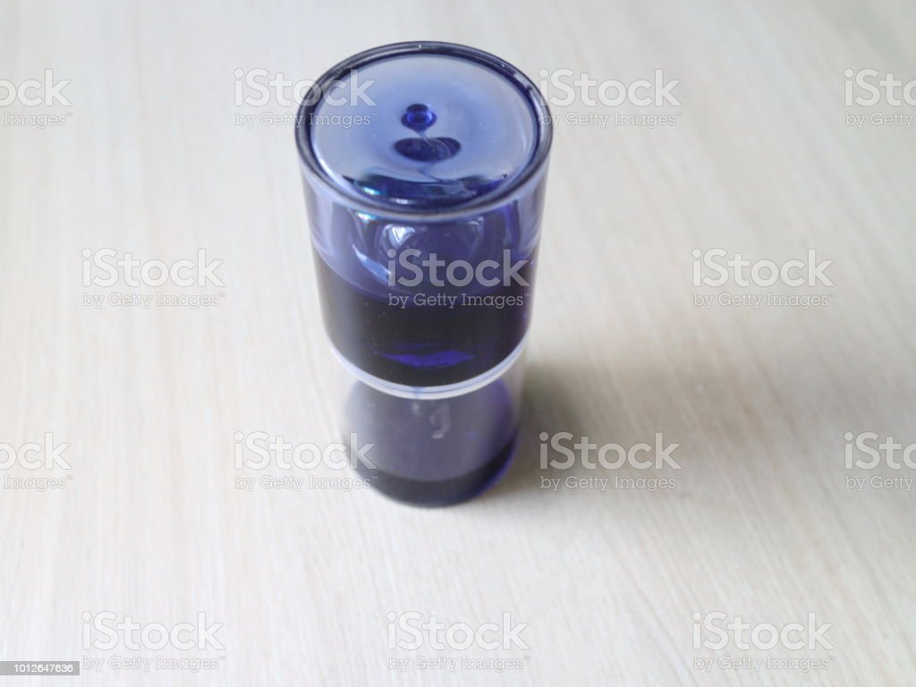 líquido viscoso de decoração de escritório - foto de acervo
