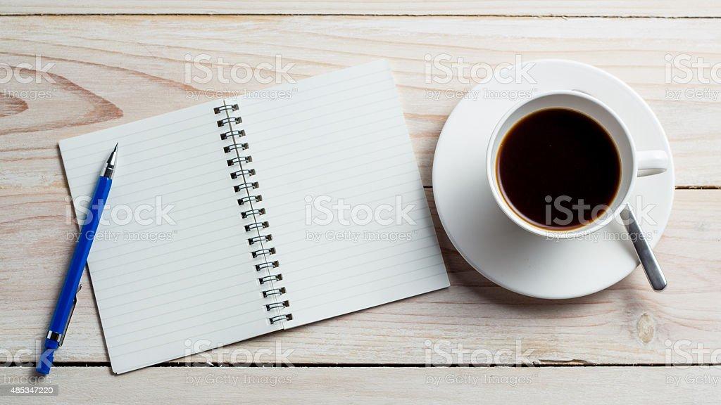 Schreibtisch-Tisch – Foto