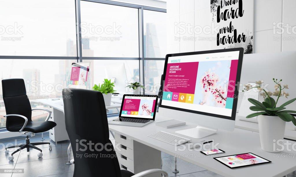 Desktop-genial reagieren Bürogestaltung – Foto