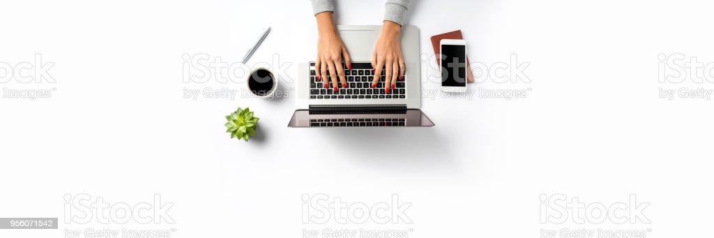 Büro-Desktop. Ansicht von oben – Foto