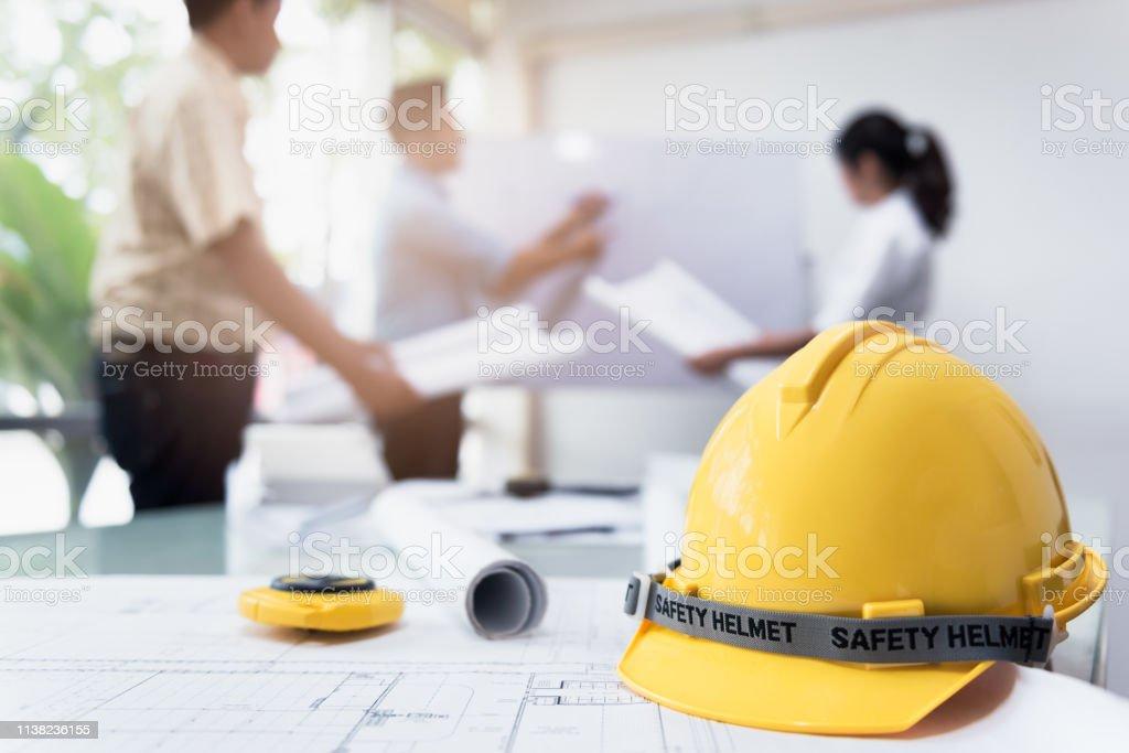 Ingeniero de oficina - foto de stock