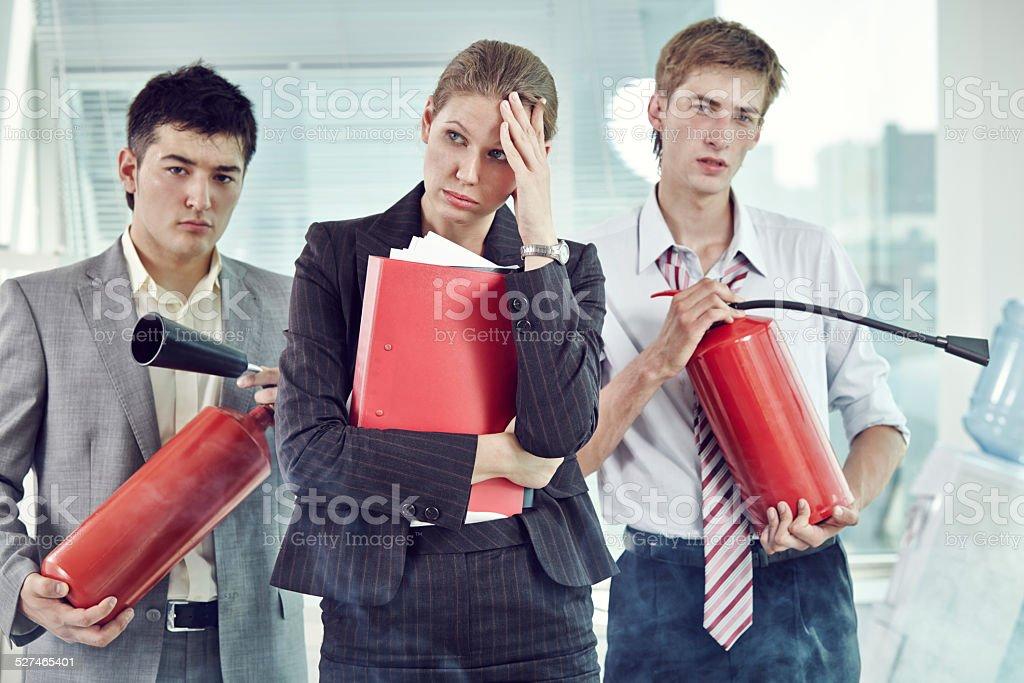 Combatentes escritório de incêndio - foto de acervo