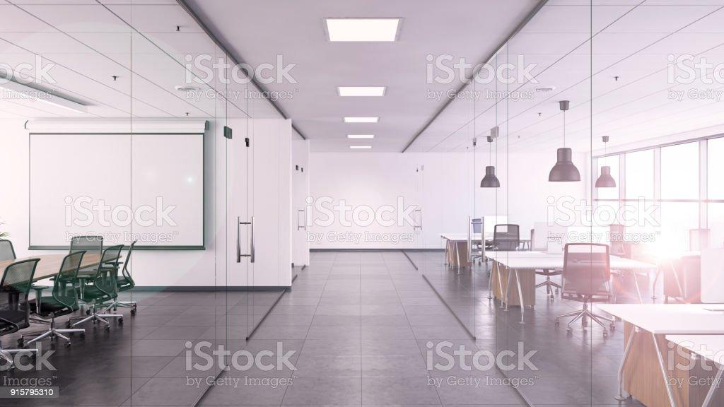 Buro Innen Mit Grossem Schreibtisch Und Leeren Schreibtafel Stock