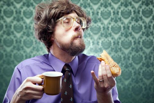 オフィスのオタク食事とコーヒーのドーナッツショップ - 1970~1979年のストックフォトや画像を多数ご用意