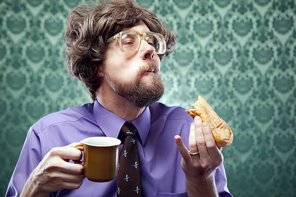 オフィスのオタク食事とコーヒーのドーナッツショップ - エキセントリック ストックフォトと画像