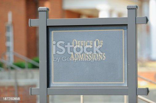 istock Office of admissions street sign 187250858