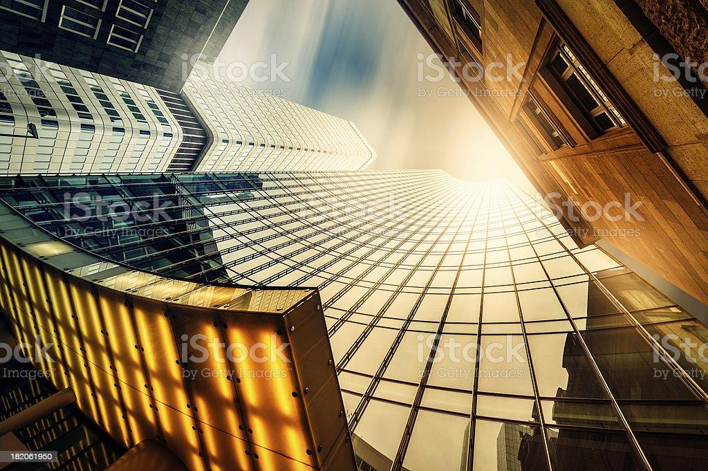 Büro skysraper in der Sonne Lizenzfreies stock-foto