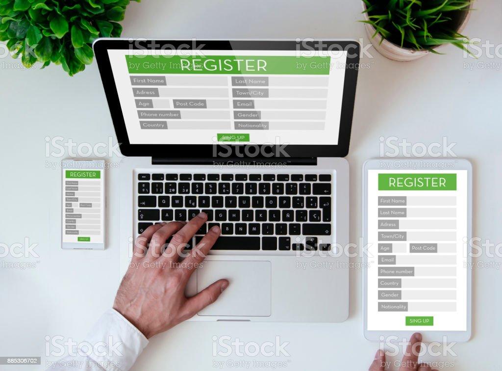 Büro-Tabletop-Anmeldeformular – Foto